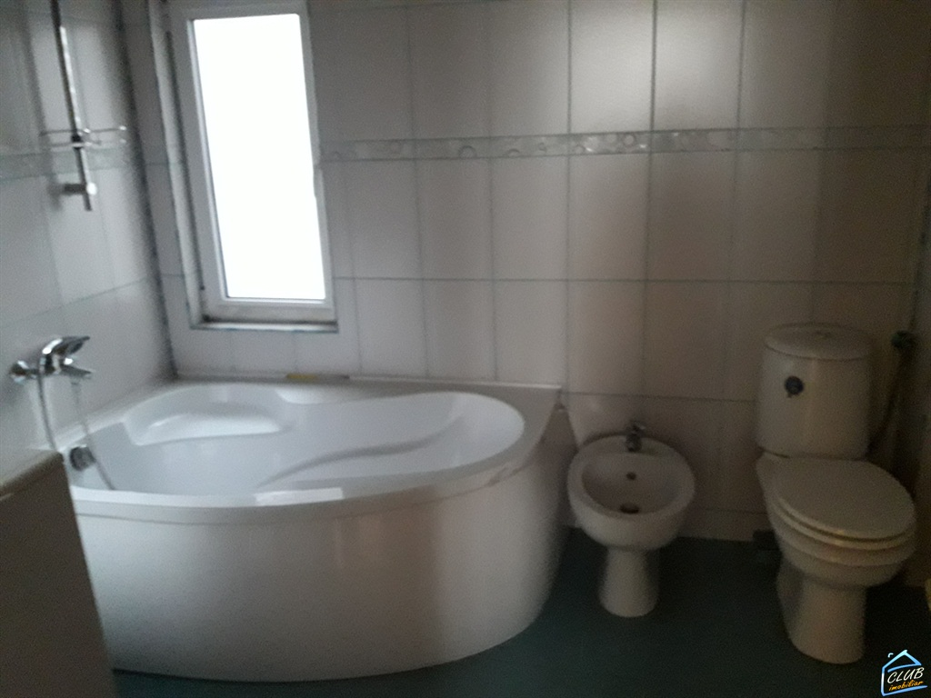 Apartament 4 camere Banu Manta